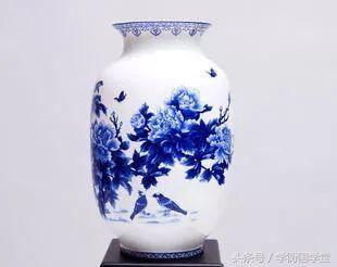 瓷器收藏贵在专攻