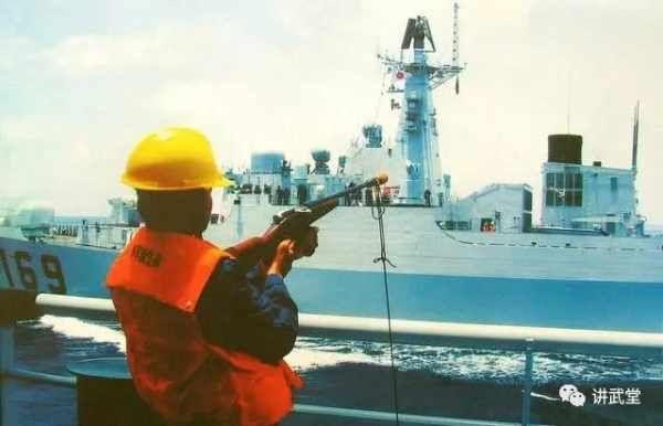 中国海军至今在用的一把枪竟是上世纪老古董