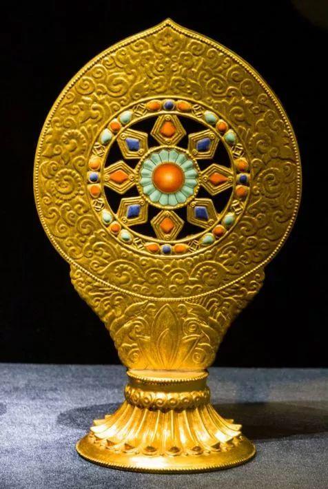 艺术 仿生瓷的七十二变:木器、漆器、青铜器原来通通是瓷器